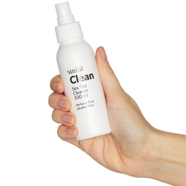 Sinful Clean Sexleksaksrengöring 100 ml produkt i hand 51