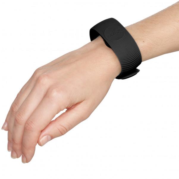 SenseMax Senseband Interaktivt Armband produkt i hand 51